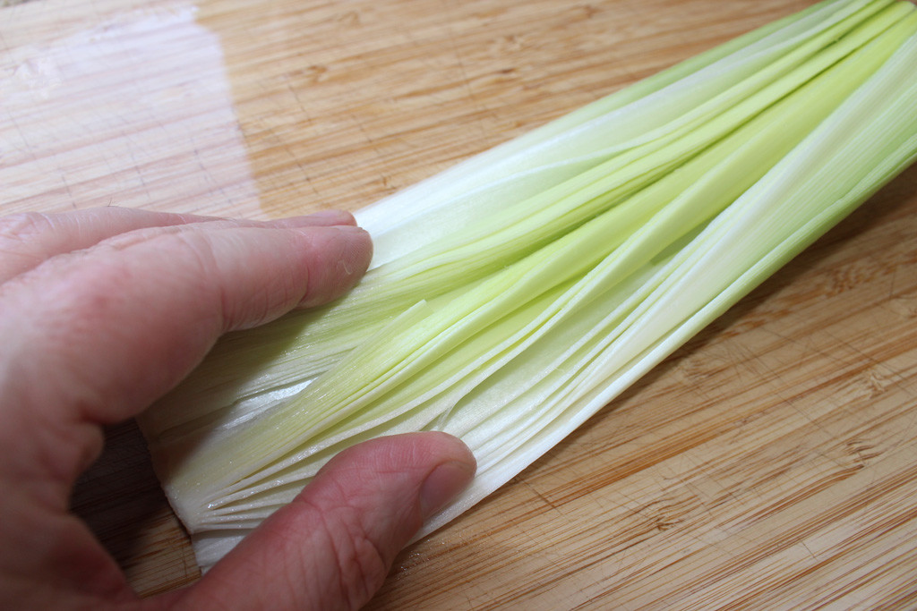 Preparing the leeks