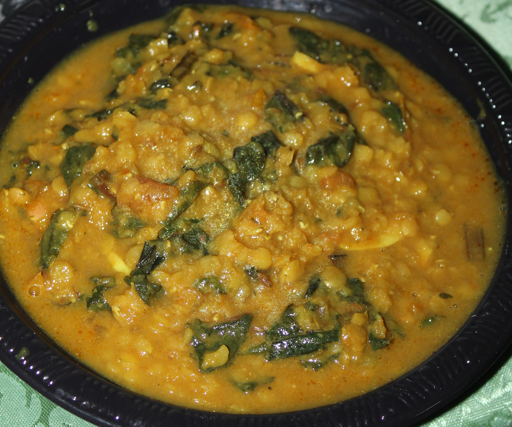 Dal Palak – Indian Lentils with Spinach in a Slow Cooker